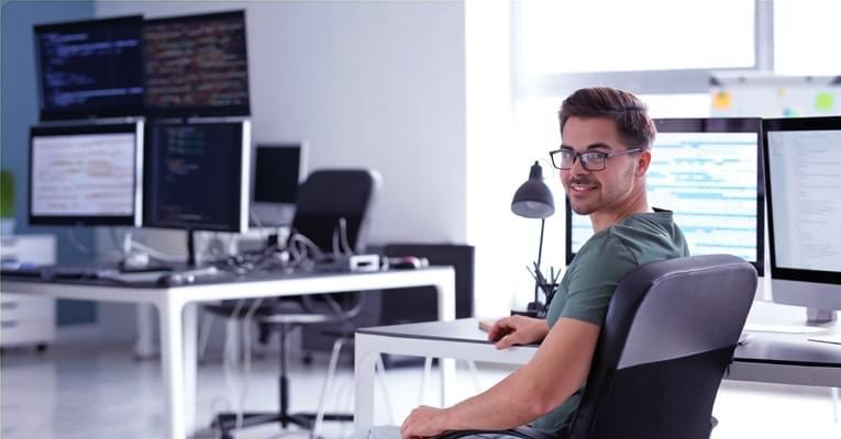 Web Hosting y Dominio Todo Incluido